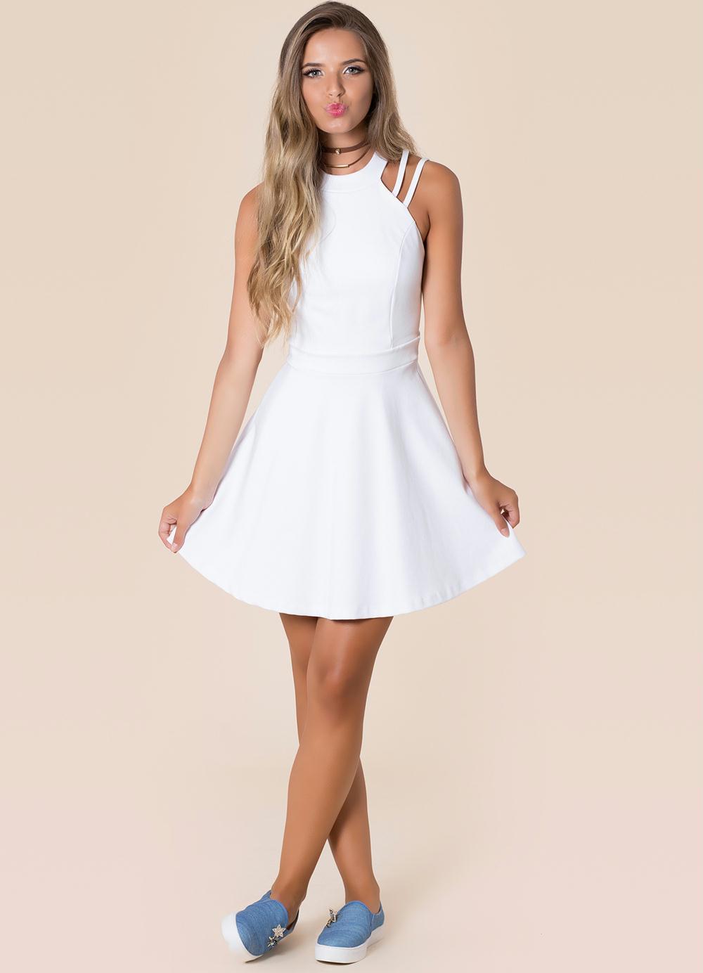 6d7052129 Vestido curto rodado: 60 modelos para você compor looks charmosos