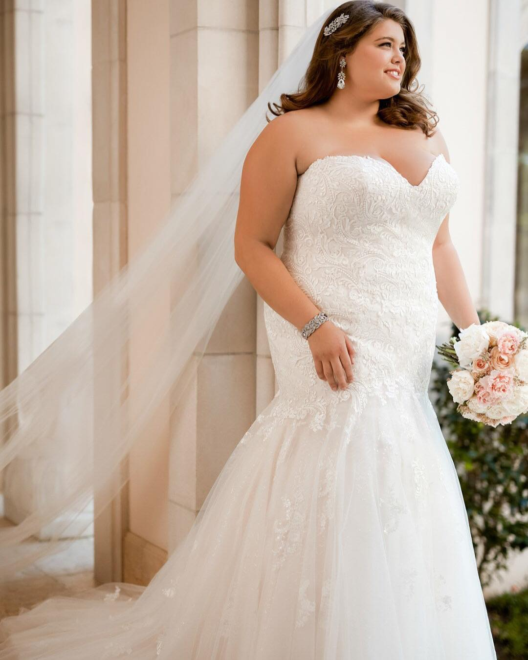 fe06f2579 Vestido de noiva sereia: 100 modelos deslumbrantes para o grande dia