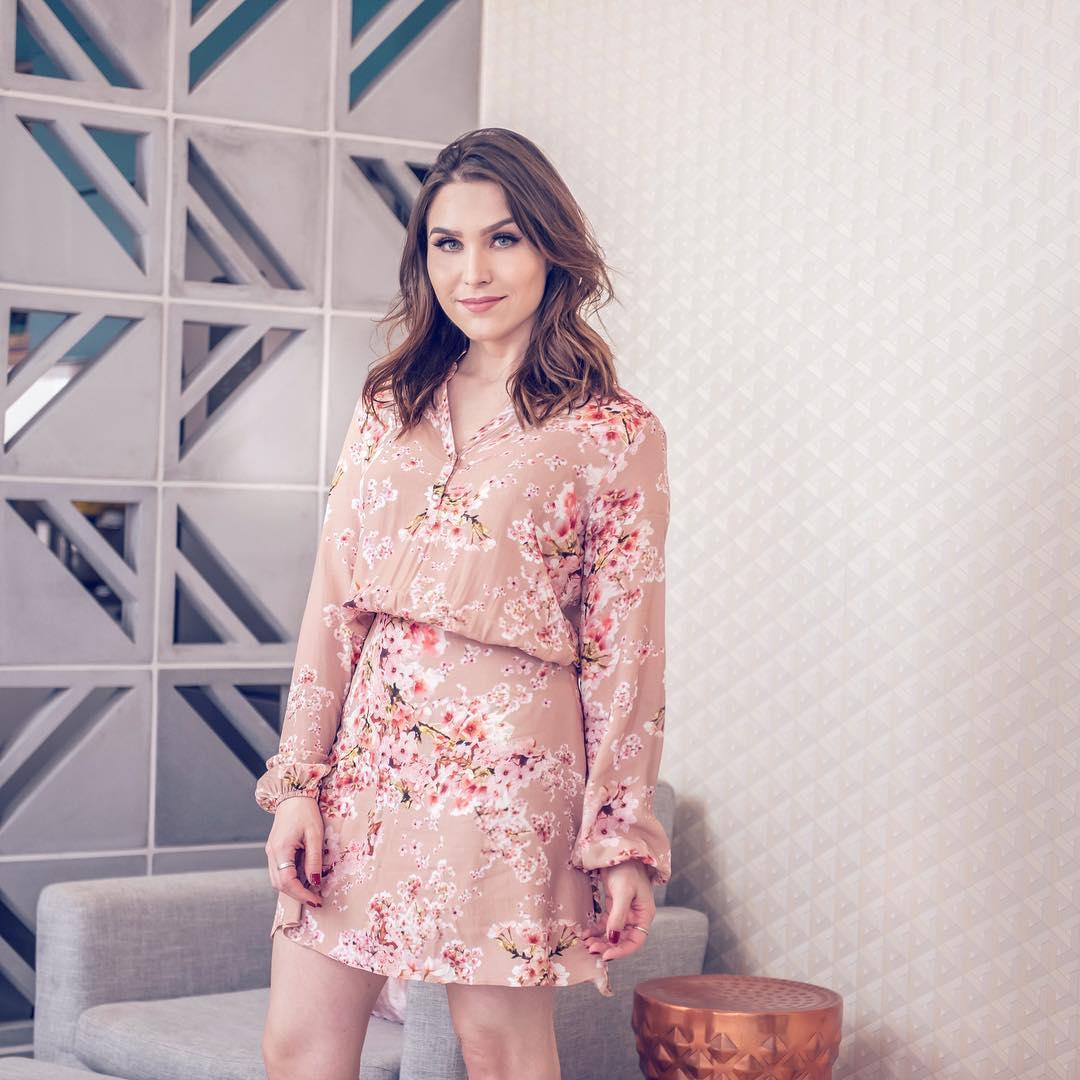 75 Modelos De Vestido Rosa Para Se Inspirar E Sair De Casa
