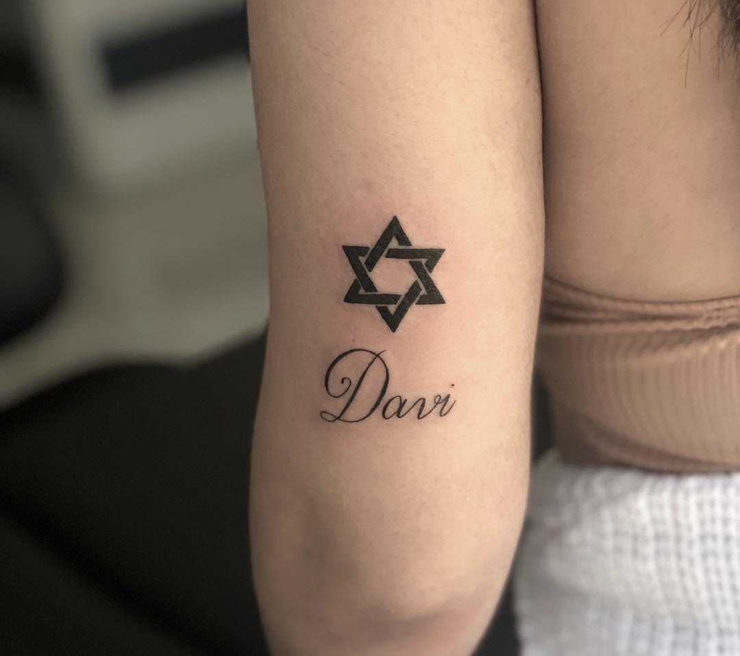 5df884caf Tatuagem de fé  80 ideias inspiradoras para homenagear sua crença