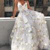 Vestido para noivado: inspirações para escolher o look deste dia especial