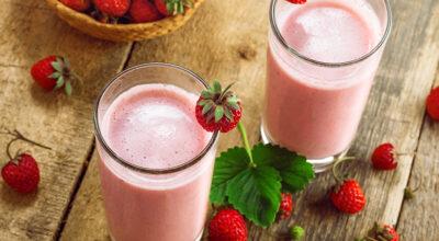 Vitamina de morango: 16 receitas nutritivas e refrescantes