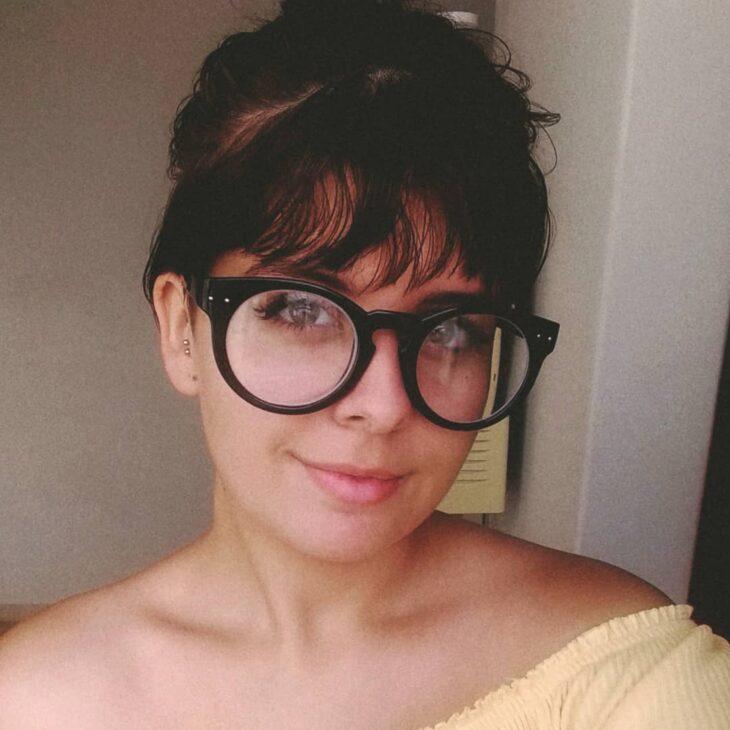 26c19135b6476 Óculos para rosto redondo  dicas para escolher o ideal e 60 modelos
