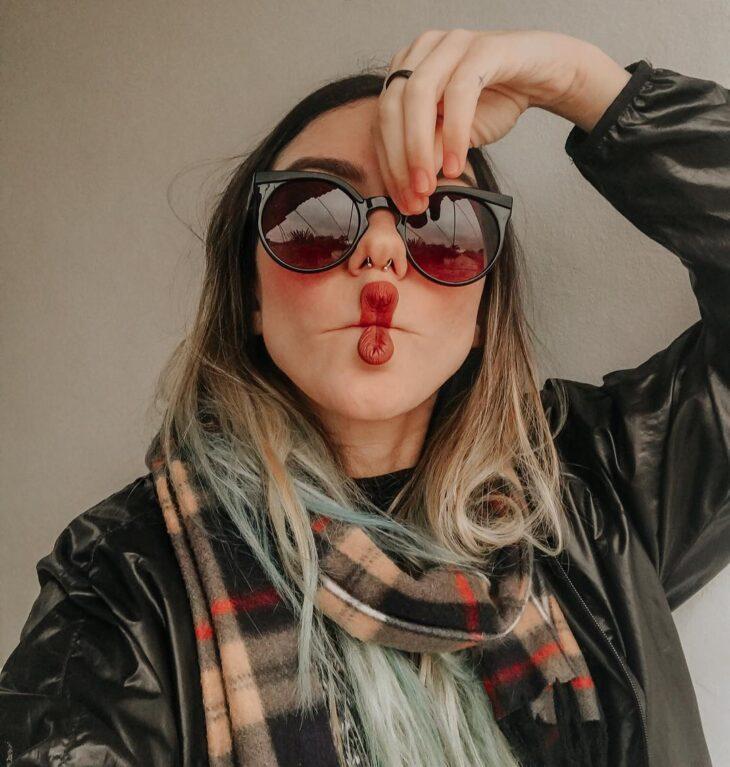 Óculos para rosto redondo  dicas para escolher o ideal e 60 modelos 6f39ec28f9