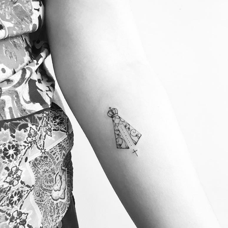 30 Fotos De Tatuagem De Nossa Senhora Que Vão Te Inspirar