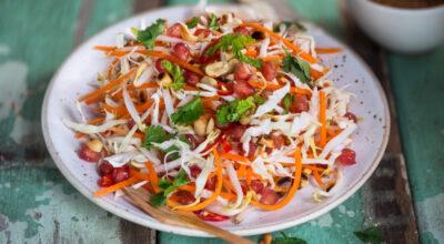 35 receitas de salada de repolho para refrescar suas refeições