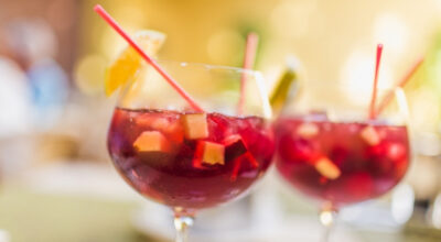 12 receitas de sangria para servir e refrescar seus dias