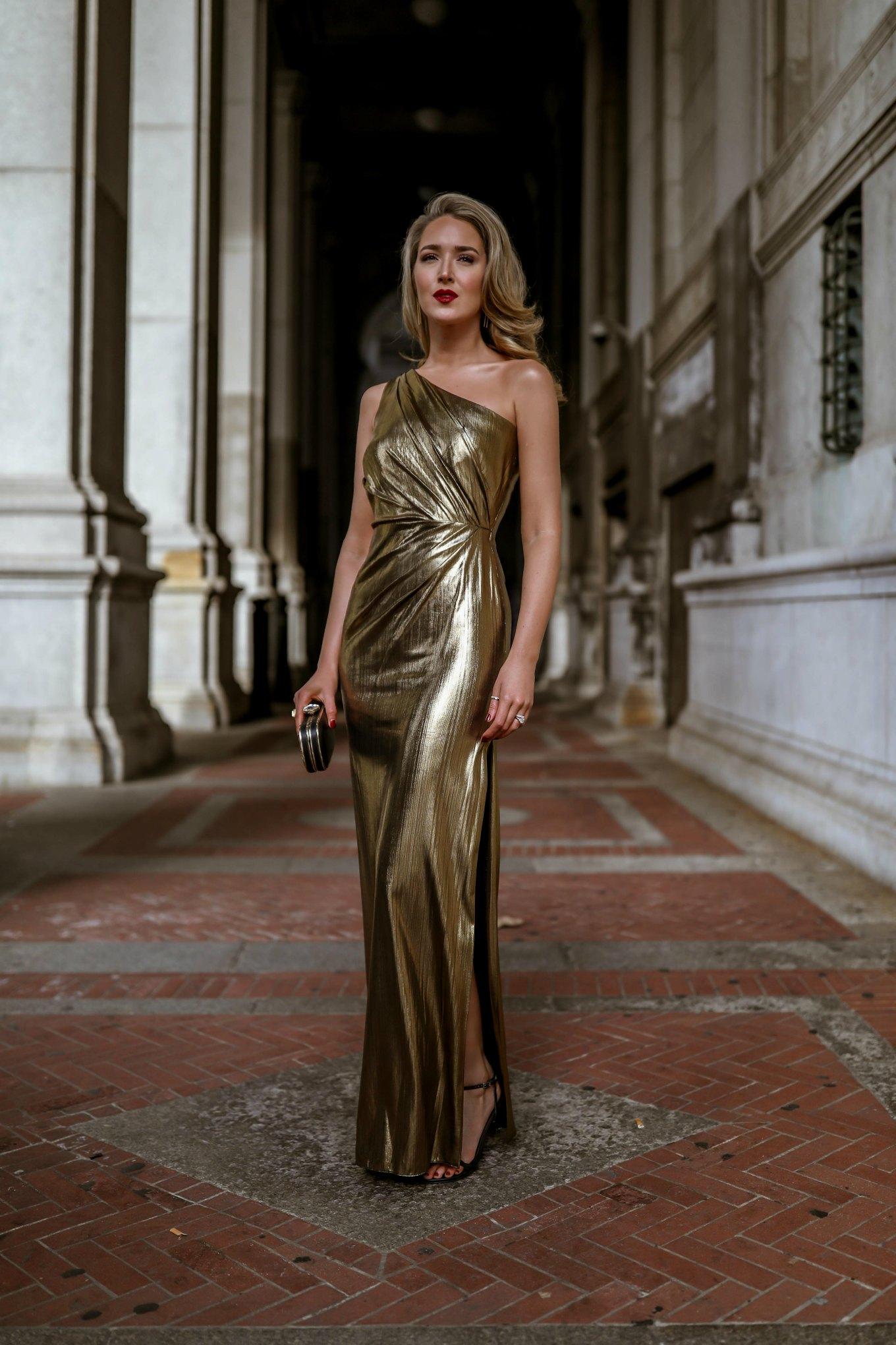 c244fc147 Vestido dourado  60 modelos para brilhar e arrasar em todas as ocasiões