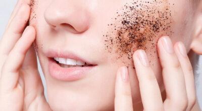 Máscara de café: 6 receitas caseiras e os seus benefícios para a pele
