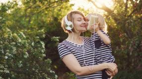 25 músicas para o Dia das Mães cheias de amor e carinho
