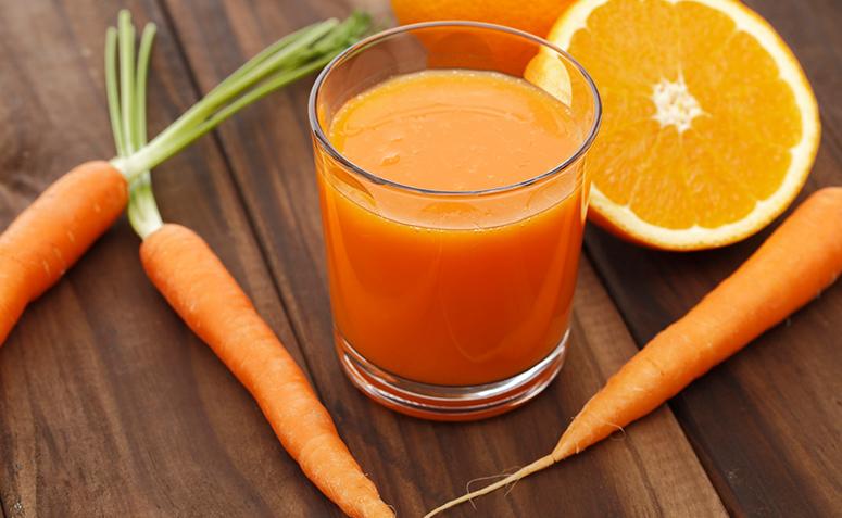 15 receitas de suco de cenoura que beneficiam sua saúde e