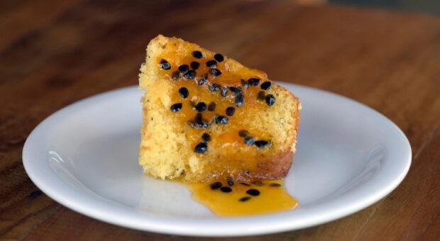 Receitas de bolo de maracujá: ideias práticas para o lanche da tarde
