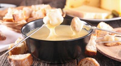 8 receitas de fondue de queijo para se deliciar nos dias mais frios