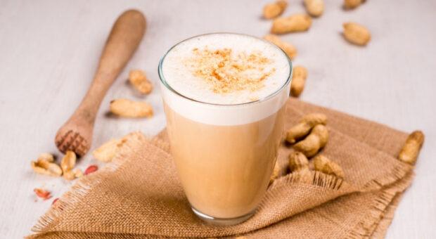 Chá de amendoim: 7 receitas para degustar no friozinho do inverno