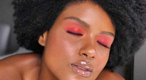 Gloss labial: os melhores produtos e dicas para deixar a boca brilhando