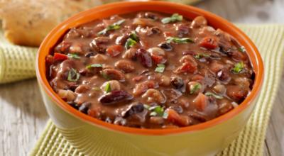 Sopa de feijão: 8 receitas fáceis e deliciosas para um prato cheio de sabor