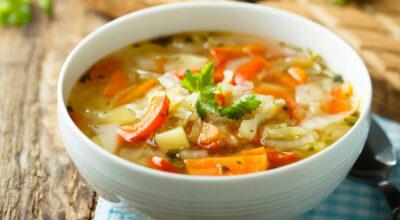 Sopa de legumes: 7 receitas deliciosas e que aquecem até a alma