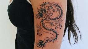 Tatuagem de dragão: 95 fotos e os significados desse animal lendário