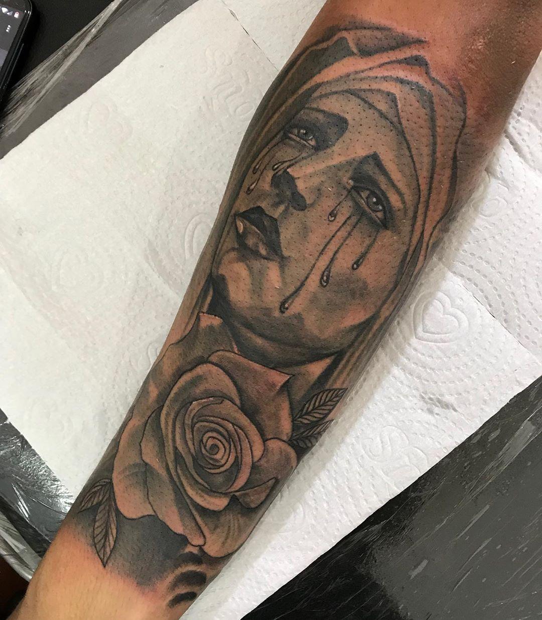 Tatuagem De Santa 90 Ideias Para Eternizar E Exaltar Sua Fe