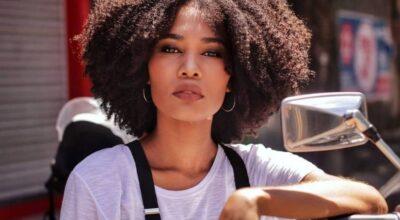 Tipos de cachos: dicas para você entender e amar seu cabelo