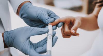 Diabetes gestacional: o que é, sintomas, fatores de risco e tratamento