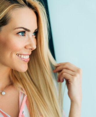 Tonalizante loiro: realce a cor de seus cabelos sem usar tintura