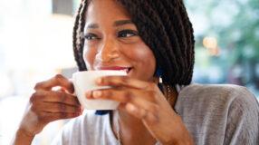 Chá de alface pode ser aliado para o sono e no combate à ansiedade