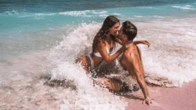 Fotos de casal na praia: 32 ideias que inspiram amor