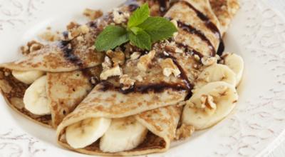 Panqueca de banana: 10 receitas levinhas para adoçar a hora do lanche