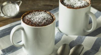 Brownie de micro-ondas: 11 receitas fáceis para adoçar sua vida