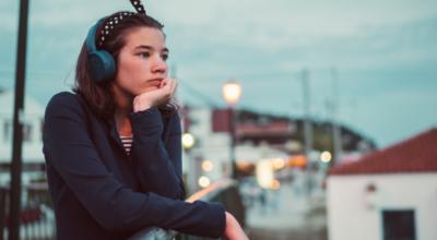 Músicas de sofrência: 12 opções para cantar e chorar as mágoas