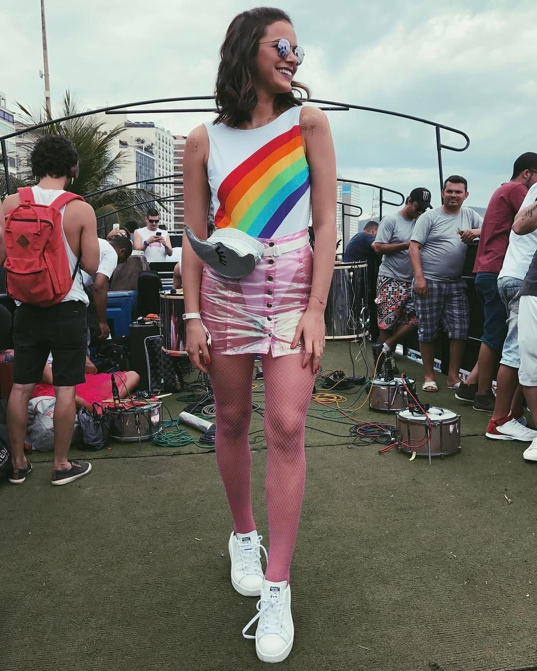 body-carnaval-pochete