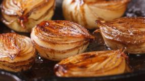 Cebola caramelizada: 12 receitas que são simplesmente irresistíveis