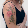 Tatuagem de flor no braço: 100 opções para fazer do seu corpo um jardim