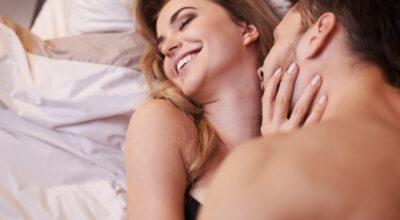 Aprenda como chegar ao orgasmo sozinha ou acompanhada