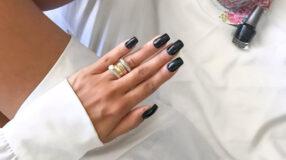 Esmalte preto: como usar e 30 fotos para se apaixonar