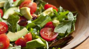 Salada de abacate: gorduras boas e vitaminas em um único prato