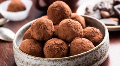 15 receitas de trufas de chocolate para saborear e presentear