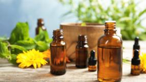 Ylang-ylang: benefícios e formas de uso desse poderoso óleo essencial