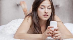 Como tirar nudes: dicas para arrasar nas fotos sensuais