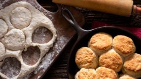 Pão de frigideira: 15 receitas perfeitas para matar a fome em instantes