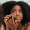 Entenda as causas da Acne Hormonal e quais os tratamentos eficazes