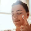 Dermocosméticos e suas funções indispensáveis nos cuidados com a pele