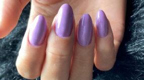 50 fotos de unhas lilás para usar como inspiração para sua esmaltação