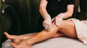 7 vantagens da depilação com cera para uma remoção eficaz dos pelos