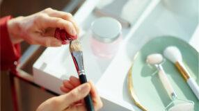 5 opções de pincel para corretivo para arrasar na maquiagem