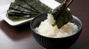 7 benefícios das algas marinhas que somam sabor e nutrição à sua dieta