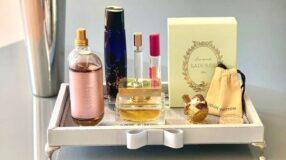 30 ideias de bandeja para perfumes que vão deixar tudo bem organizado
